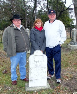 The children of Bertha Mae Byrd Roberts: David Roberts, Debbie Scroggin and Gary Roberts
