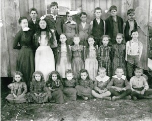 1905 or 1906 Ft. Worth Masonic Home Children (2)