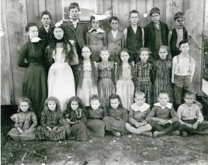 1905 or 1906 Ft. Worth Masonic Home Children (2)