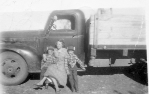 Bertha Mae Byrd with brothers J.L. and Elmer Byrd. ca 1948
